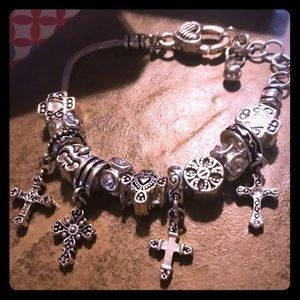 Premier design bracelet. Daily devotion